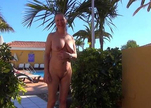 Amateur nackt urlaub